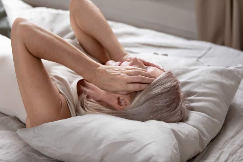 In den Wechseljahren haben Frauen besonders häufig mit Schlafstörungen zu kämpfen.