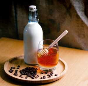 Warme Milch mit Honig